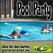 Pool Party im Garten